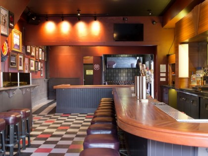Pop's Bar: San Francisco
